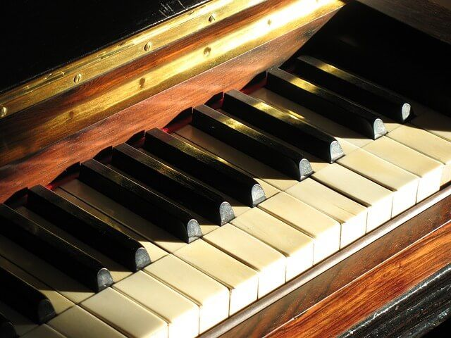הובלת פסנתר